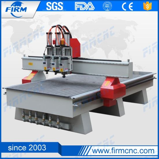 Wood CNC Router Machine for Kitchen Cabinet Door pictures & photos