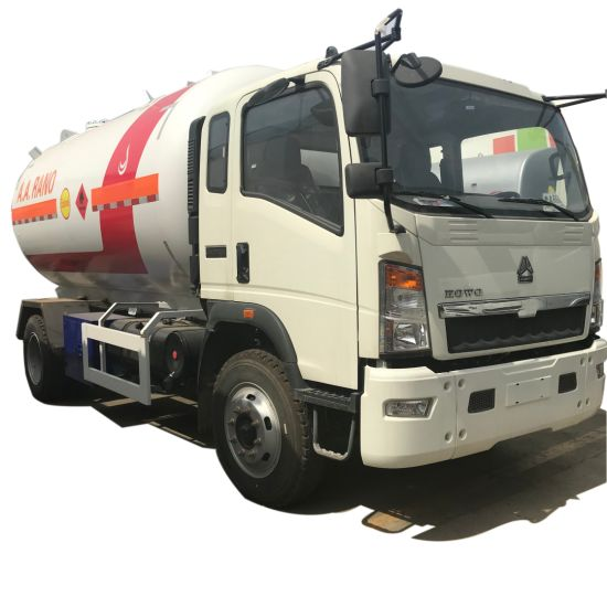 China New HOWO 2t 3t Gas Truck LPG Tanker Truck LPG Tank pictures & photos