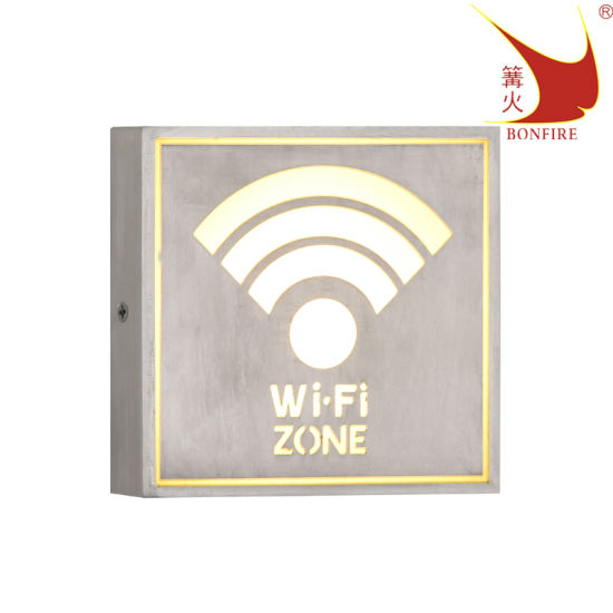 Square IP54 LED Outdoor WiFi Wall Light CE UL Approved