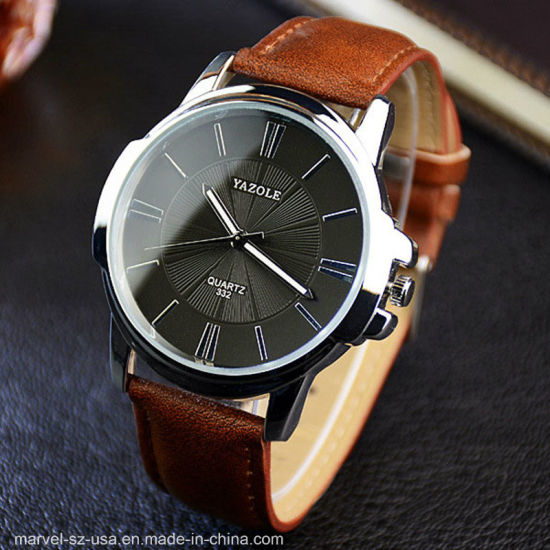 Fashion Luxury Quartz Business Men′s Leather Wrist Watch pictures & photos