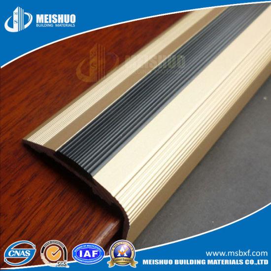 Aluminum Rubber Indoor Stair Nose Molding For Antislip Strip