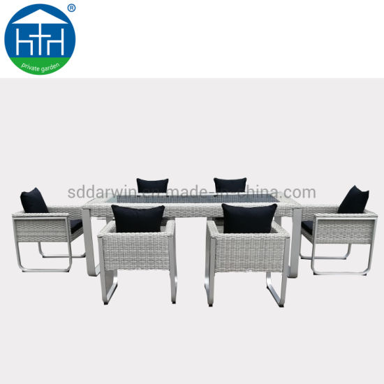 Classic Patio Sets Outdoor Garden Furniture Outdoor Wicker Rattan Dining Table and Chair