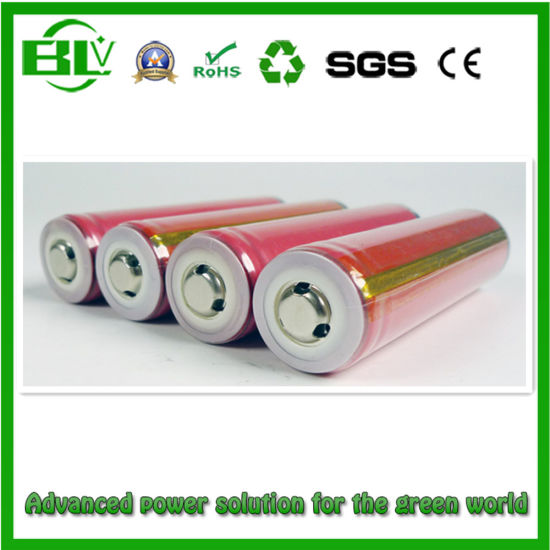 3.7V 2600mAh 18650/Cylindrical/Rechargeable/Lithium/Li-ion Battery for LED Touch Light Flashlight pictures & photos