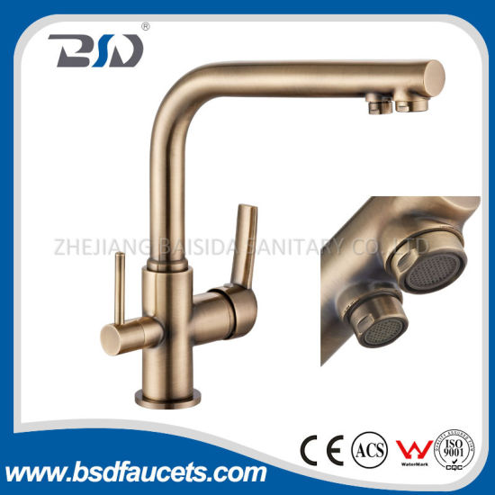 China Dual Handles Sink Faucet Bronze Finish Three Way Kitchen