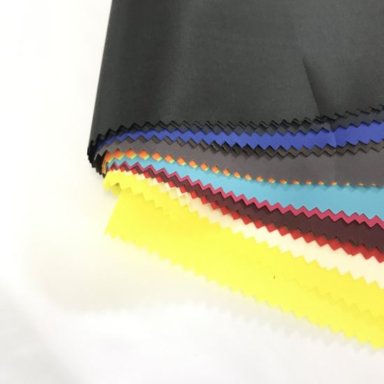 210t Polyester Taffeta PVC Coated Fabric 0.22mm with Wr for PVC Raincoat Waterproof