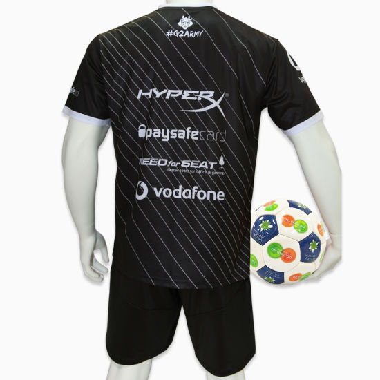 Good Quality Sublimation Junior Soccer Uniforms Custom Soccer Jersey Football Shirt pictures & photos
