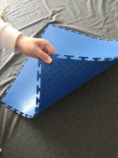 Garage Plastic Flooring For Dining Room Carpet: China High Quality Interlocking Heavy Duty PVC Garage