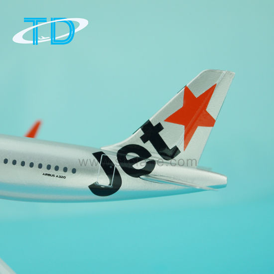 A320neo Jetstar 18cm Small Plastic Model Aircraft pictures & photos