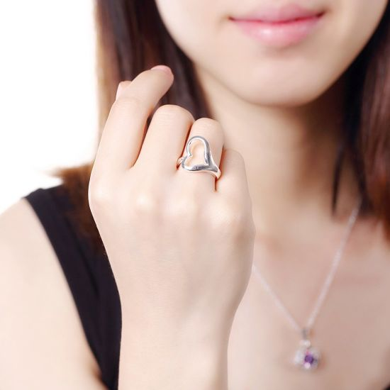 China Heart Shape Women Rings Simple Design Heart Silver Ring