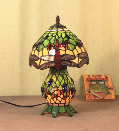 Art Tiffany Table Lamp 818