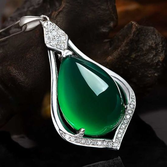 Sale Alibaba Express Jewelry Product Opal Cut Glass Crystal Pendant