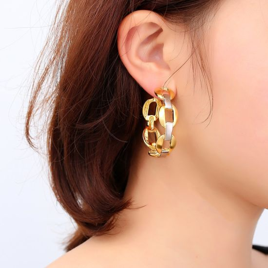 Alloy Woman Circle Hoop Fashion Rhinestone Earring Jewelry pictures & photos