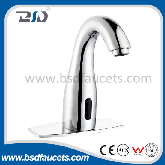 Electronic Powered Automatic Touchless Sensor Faucet Polished Chrome Basin Tap pictures & photos
