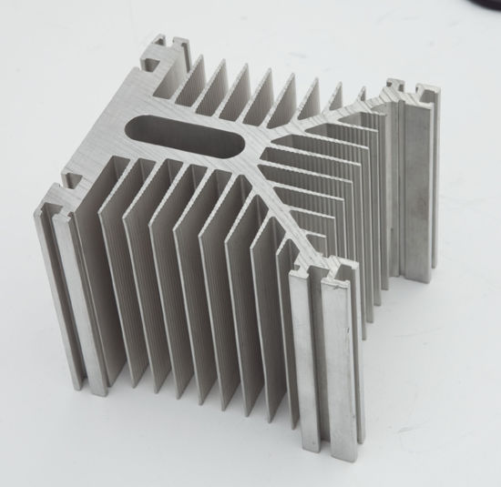 Aluminium/Aluminum Extrusion Profiles for Door pictures & photos