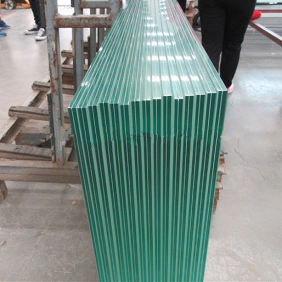 Clear Heat Strengthened Laminated Glass pictures & photos