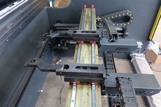 Delem Da58t 4 Axis Sheet Metal Hydraulic CNC Press Brake pictures & photos