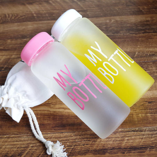 Newest Popular Heat-Resistant Sports High Borosilicate Private Label Glass Water Bottle with Lid