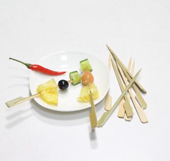Bamboo Paddle Skewer, Green Skin Gun Shaped Flag Skewer Barbecue /BBQ Stick (BC-BS007)