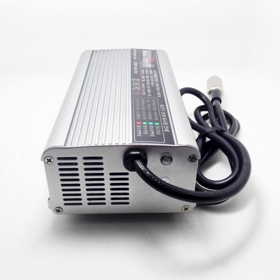 Full Automatic Intelligent 24V 10A 11A 12A 13A 14A 15A Lead Acid Battery Charger 29.4V pictures & photos