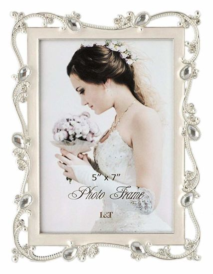 Custom Bride Souvenir Metal Craft Metal Photo Frame with Hollow out Design and Diamond (018) pictures & photos