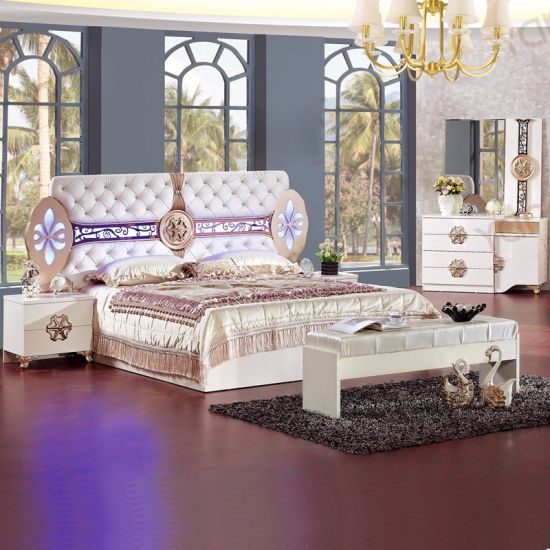 Delicieux Bedroom Furniture With Double Bed And Wardrobe (3389)