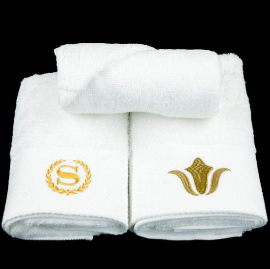 High Quality 100% Cotton Star Hotel Bath Towel Customized Embroidery Logo pictures & photos