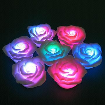 Flashing Rose Night Light Float Rose for Valentine Holiday