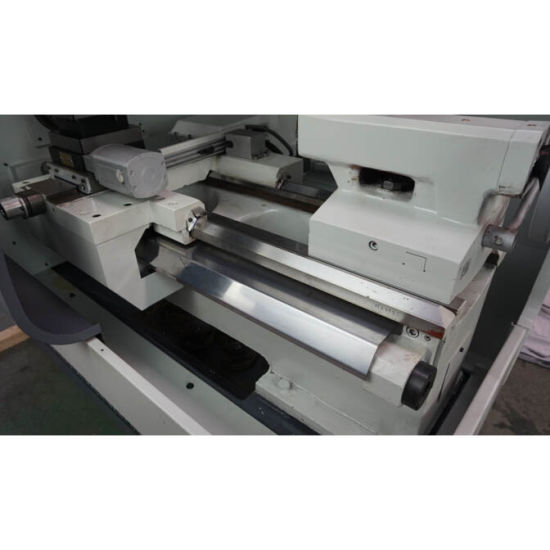 Horizontal Type CNC Lathe Machine Price (CK6136A-2) pictures & photos