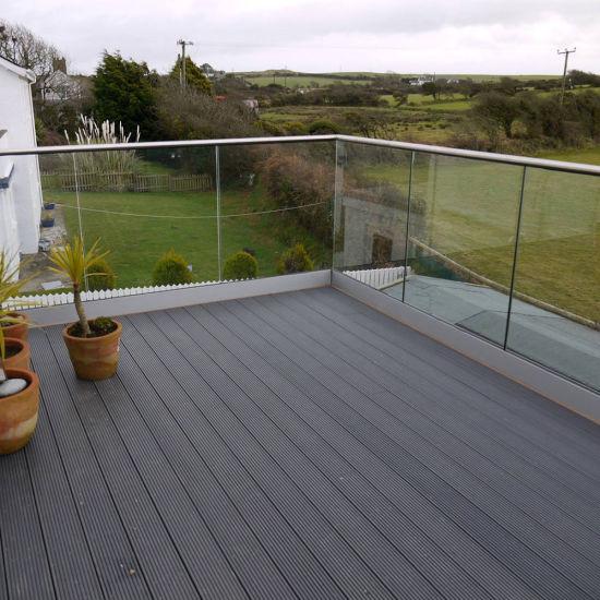 Aluminum Deck Railing / Glass Balustrade / U Channel Glass Railing for  Balcony
