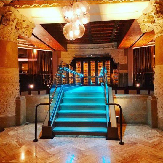 China 7 Steps Hardwood Sample Staircase With Led Light Glass