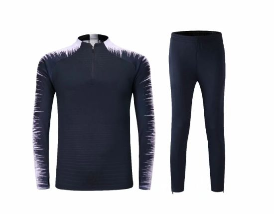 2018 Fashion Black Soccer Tracksuits