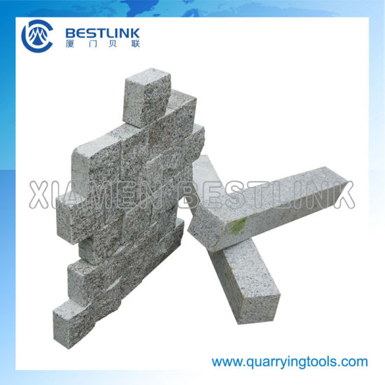 Gravity Feeding Stone Brick Splitting Machine for Wall Strips pictures & photos