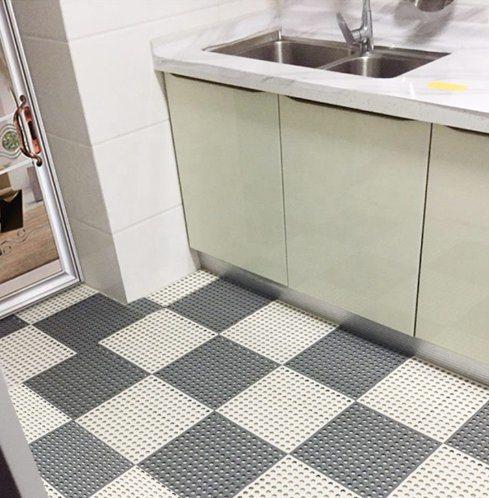 Shower Toilet Pcv Non Slip Floor Tiles, Interlocking Floor Tiles Bathroom