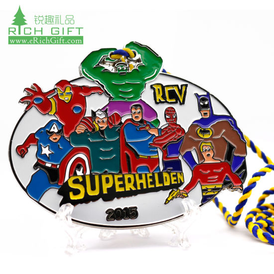 Factory Sell Emoji Pub Carnival Cheap Award Custom Cartoon Hero Superhelden Christmas Medal with Customized Logo pictures & photos