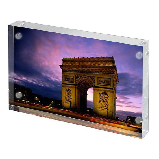 China Newest Design Clear Picture Acrylic Frames 8x10 With Magnet
