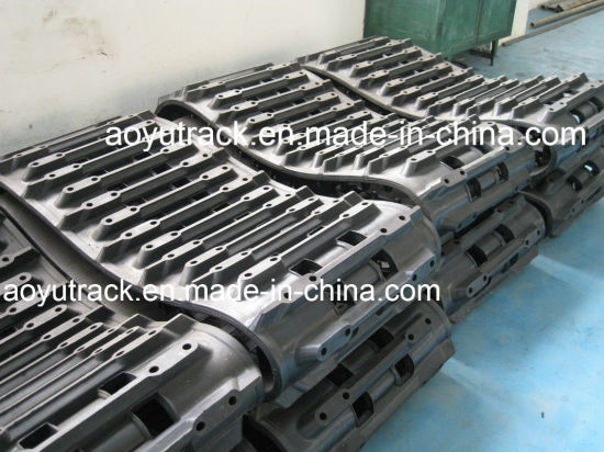 Good Quality Rubber Tracks for Hagglund BV206 pictures & photos