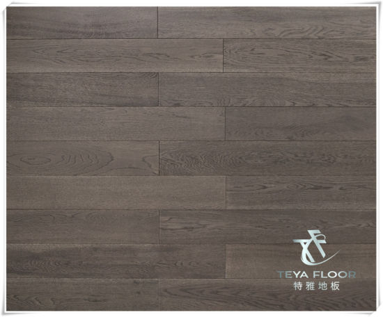 China Oak Solid Wood Flooring Hardwood Grey Color Brushed
