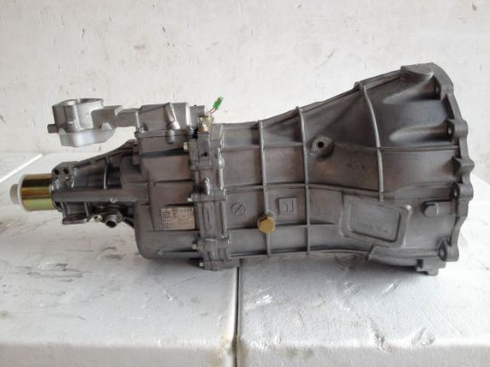 High Quality Auto Parts D-Max Oil Engine Gearbox