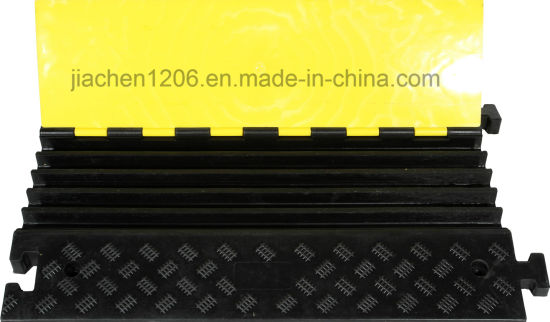 Jiachen Factory Direct Sale 5 Channels Cable Protector with Yellow Cover pictures & photos