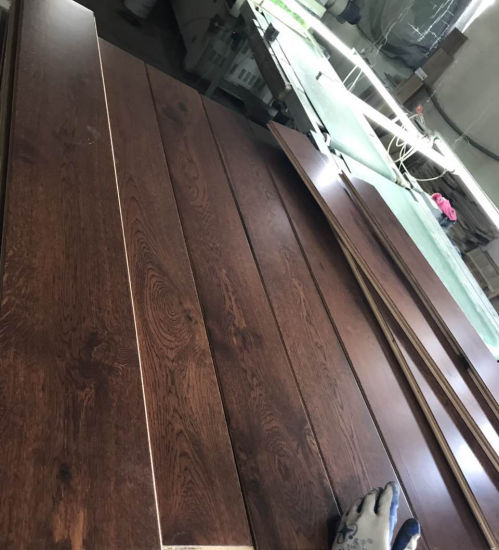 Coffee Color Stained Oak Engineered Hardwood Flooring pictures & photos