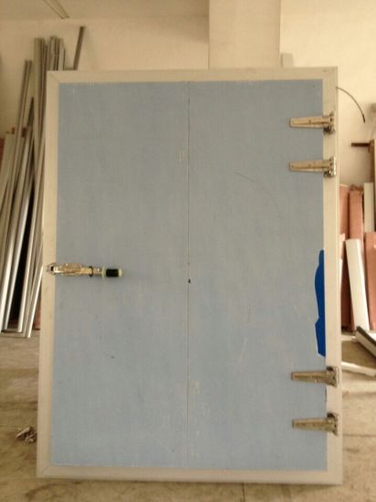 Manual Sliding Door Used in Freezer pictures & photos
