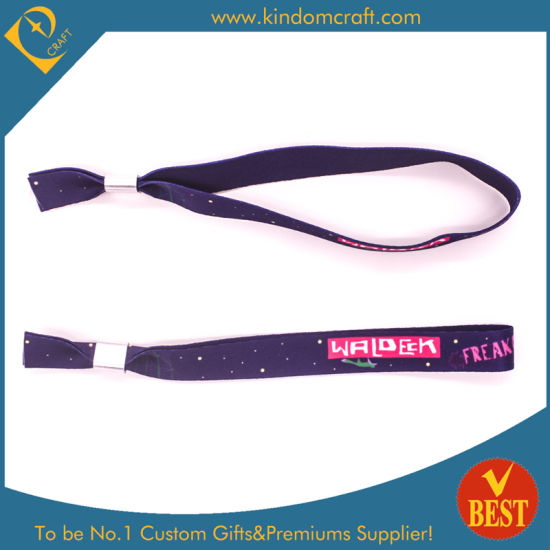 Factory Price Custom Festival Fabric Wristband pictures & photos