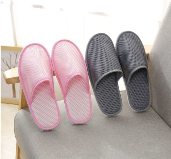 Wholesale Custom Logo Velour Disposable Slippers Hotel Amenities pictures & photos