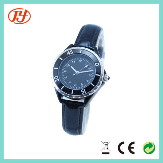 High Quality Fashion Waterproof Japan Movement Slim Fashion Watch pictures & photos