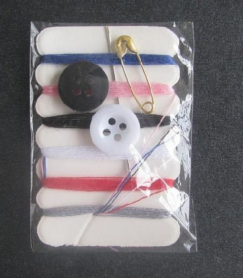 New Design Disposable Travel Sewing Kit pictures & photos