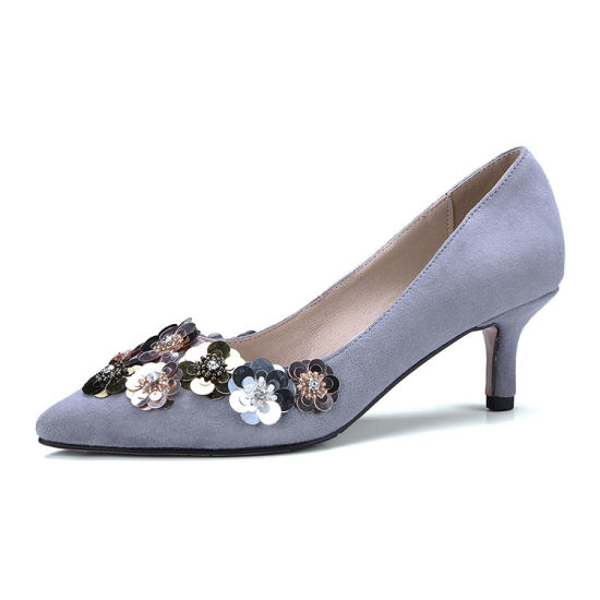 Noblewoman High Heel Pumps Front Cover with Flower Sheet-Metal Lady Dress Shoes pictures & photos
