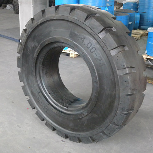 Wholesale Solid Tire for Skid Steer Loader (14.00-24) pictures & photos