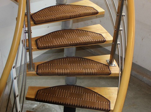 Self-Adhesion Polypropylene Fiber Stair Rug pictures & photos