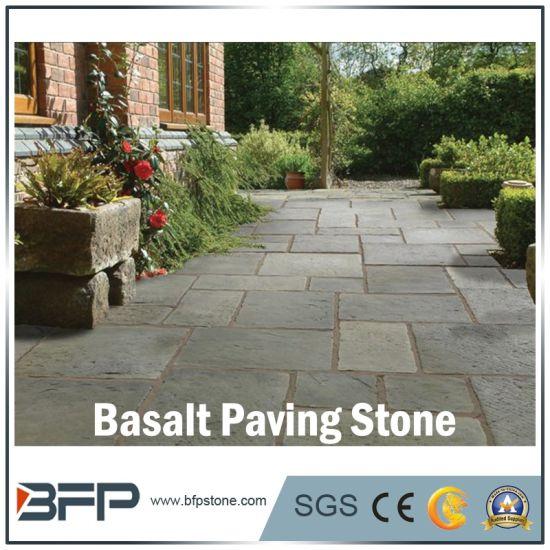 Popular Natural Basalt Garden Cobblestone / Paving Stone for Outdoor