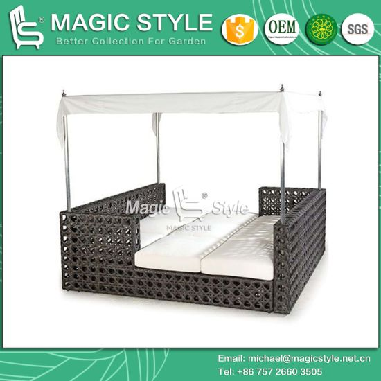 Rattan Daybed Wicker Sun Bed Outdoor Furniture Garden Sun Lounge Leisure  Daybed Beach Sunbed Patio Daybed Deck Lounge (Magic Style)